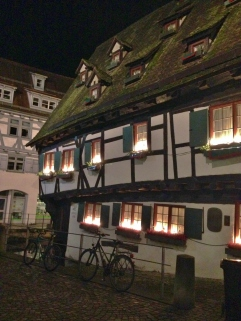 Leaning House Ulm