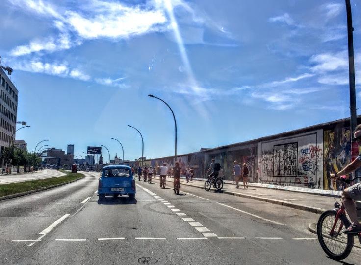 berlin trabi tour berlin wall HDW forbetterorwurst
